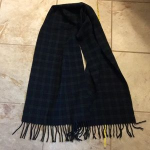 1994 Gap WOOL scarf made in Italy plaid green